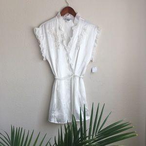 Intimo Donatella satin wrap robe